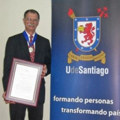 Dr. Hackney Speaks at Universidad de Santiago de Chile